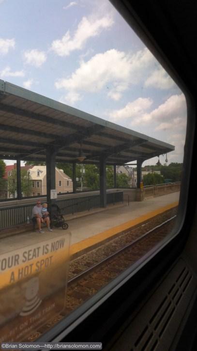 Train watchers at Fredericksburg.