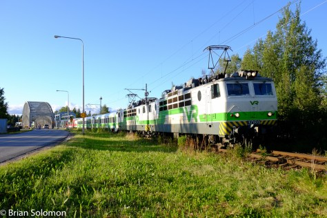 VR overnight train IC 266 approaches Oulu, Finland on the evening of Jul 25, 2015.