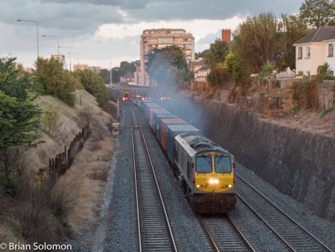 7:08pm, 23 September 2015.  Irish Rail 233 on the IWT Liner at the Gullet in Dublin.
