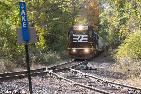 Norfolk Southern local H76 delivers interchange to the D-L at Portland on October 17, 2015. Like the D-L this operates on former Lackawanna Railroad trackage.