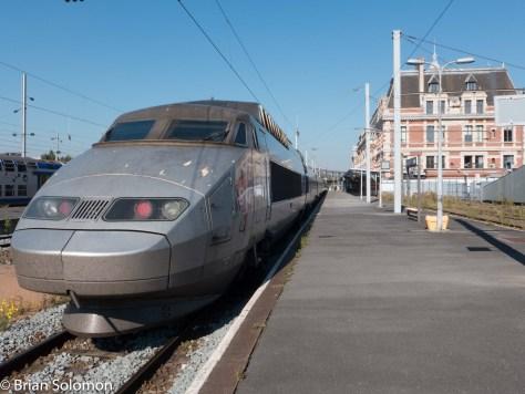 An old TGV PSE set at SNCF's Gare de Valenciennes. Lumix LX7 photo.