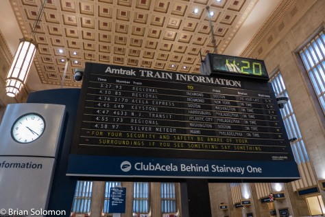 Amtrak_30th_St_Station_Philadelphia_Solari_Board_P1360288