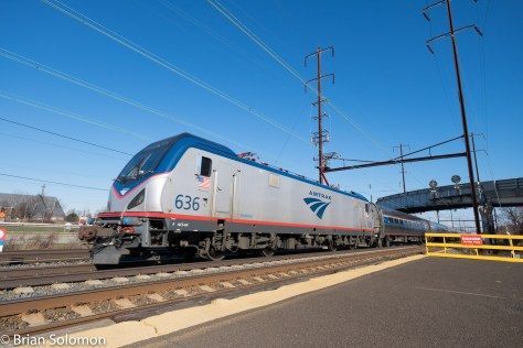 Amtrak Keystone 662 is in push-mode with ACS-64 636 at the back. (In other words this is a trailing view.) FujiFilm X-T1 digital image.