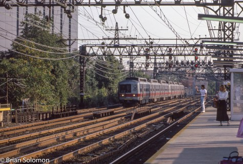 Grand Central bound Metro-North train approaches South Norwalk on September 7, 1989.