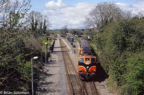 Irish Rail 075 with Ballina Branch train at Manulla Junction on May Day 2006.