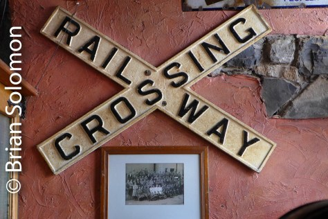 Also on display is this grade crossing warning.