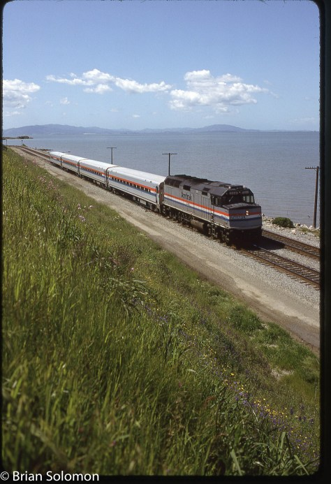 Amtrak_at_Pinole_Apr18_1993_Brian Solomon 234254