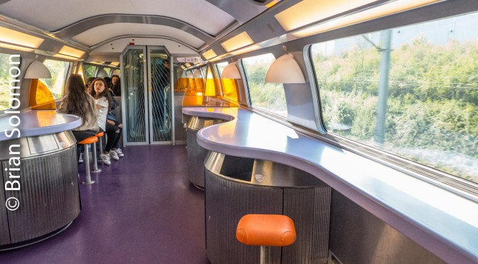 Tracking the Light Visualizes Speed: Traveling by SNCF's TGV—a dozen new photos.
