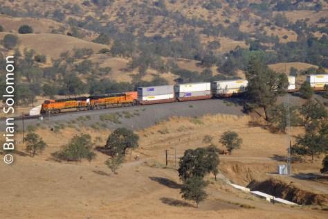 BNSF_stack_train_Walong_CA_Tehachapi_Loop_DSCF0854