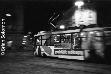 olomouc_trams_15-oct_2016_bw-at_night_brian_solomon_331635