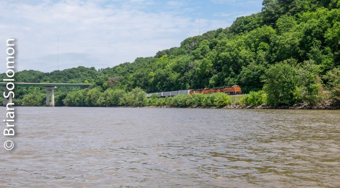 Mississippi River: View from a Speed Boat