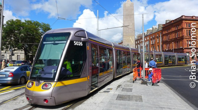 Tram on O'Connell Street in Dublin: LUAS Cross City Trackage Trial