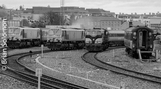 225 from Platform 10 in 2003.