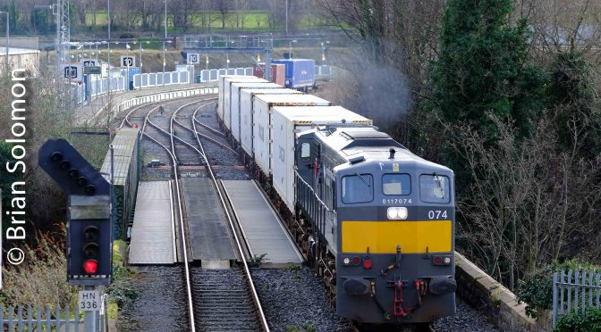 Two Liners; Two Locos; Two Liveries: One Day.