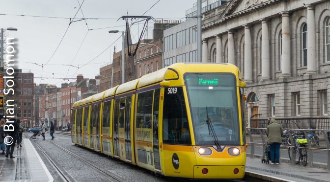 LUAS Yellow ad-tram at St Stephen's Green.