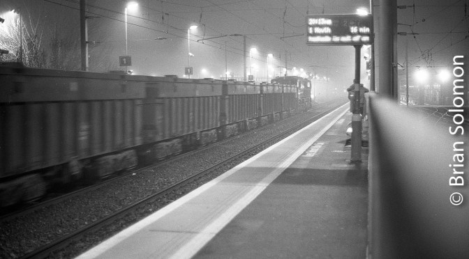 Clontarf Road: Irish Rail's Tara Mines freight on the Move in the Fog at Night.