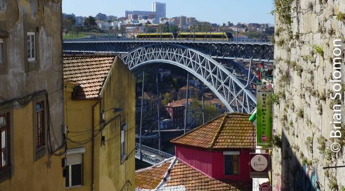 Eiffel Bridge: Porto's Pont Luis I.