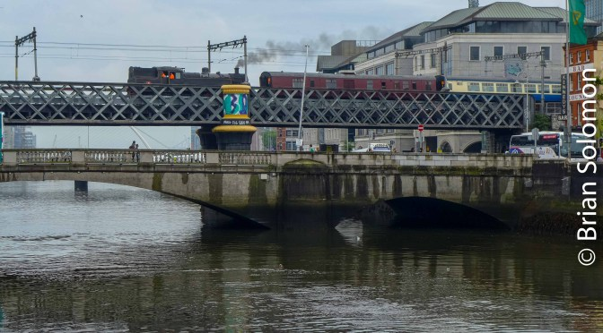 Sunday Steam Charter Crosses the River Liffey.