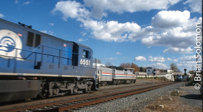 Conrail's CP83 Palmer, Massachusetts—October 1998.