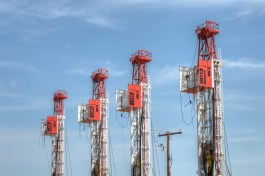 Betts 4 rigs lined up-0210HDR