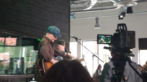 A brilliant free 20 minutes of Billy Bragg and Joe Henry at KEXP