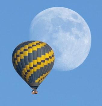 luna e balloon