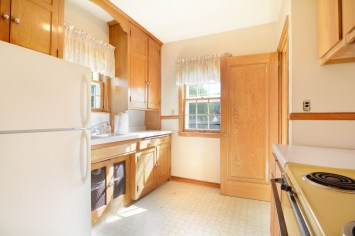 Gorgeous original cabinetry to be refinished