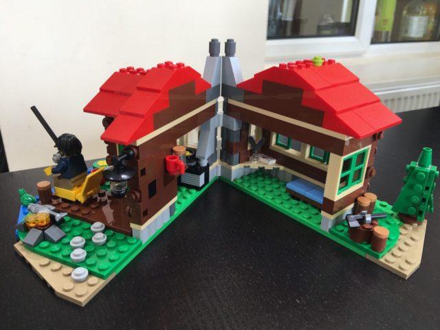 Lego Lakeside Lodge Open