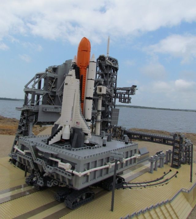 Lego Space Shuttle Complex 2