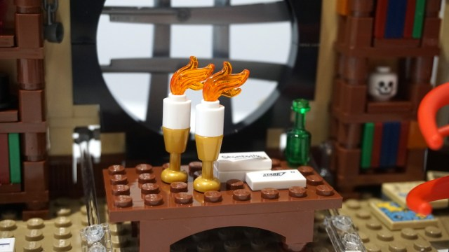 Lego Doctor Strange's Sanctum Sanctorum Candles