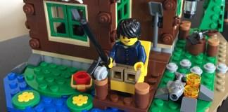 Lego Lakeside Lodge Front