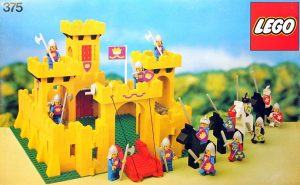 set Lego château jaune