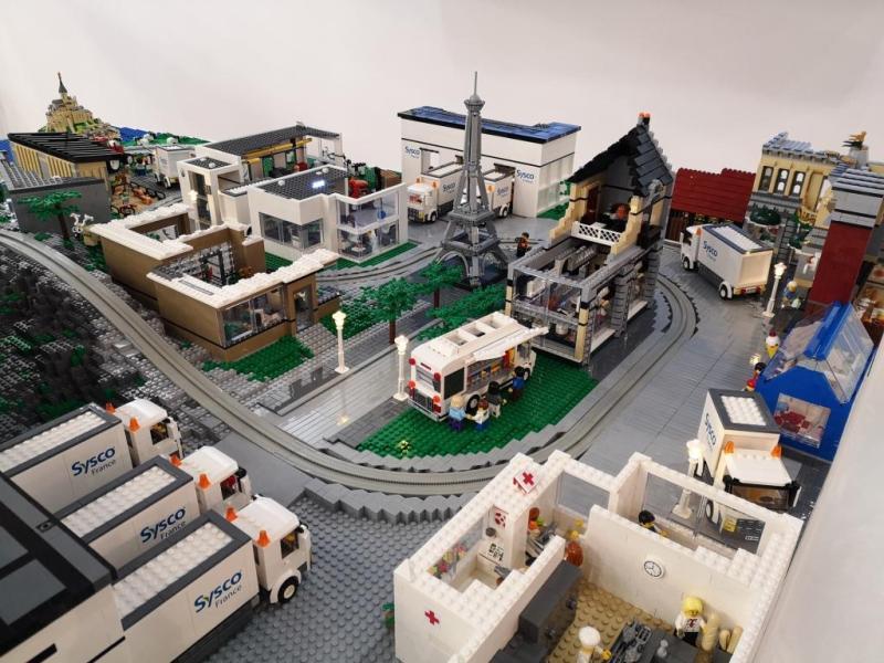 Maquette Lego des métiers de Sysco France