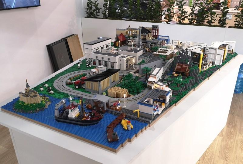 vos métiers en maquette LEGO par Brickevent