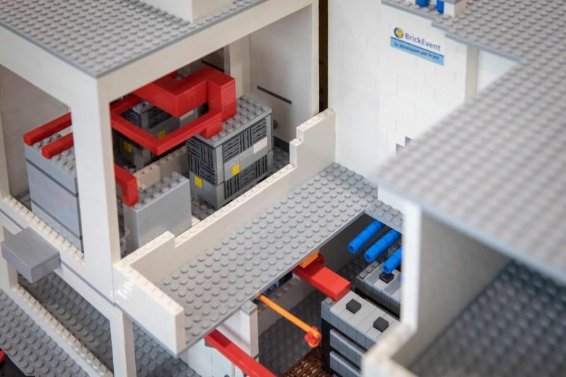 détail du data center Lego