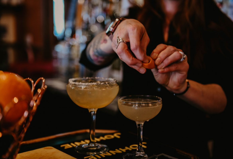 Cocktails at Brickhouse 737