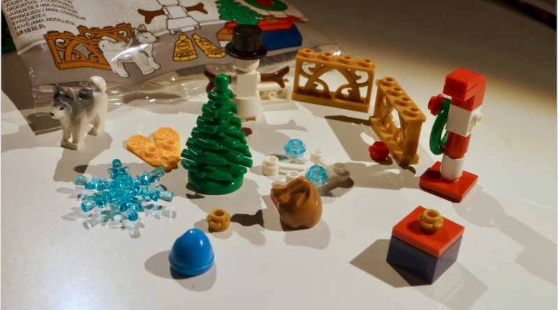 Review: LEGO Xtras Xmas Accessories