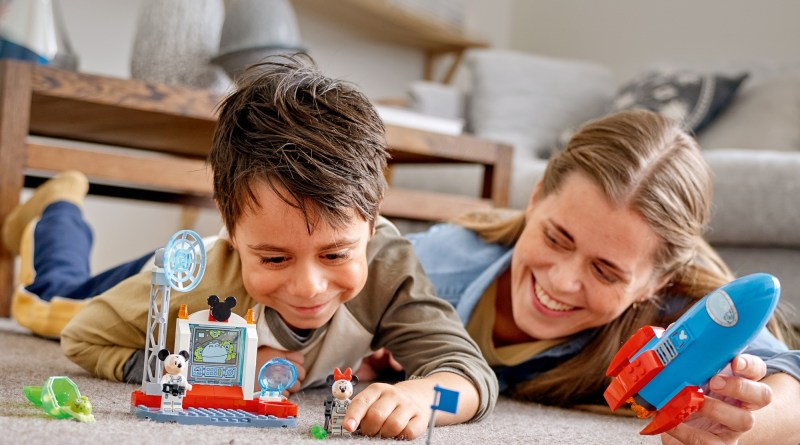 The LEGO Group Introduces New LEGO® DISNEY Mickey And Friends Range for Preschoolers!