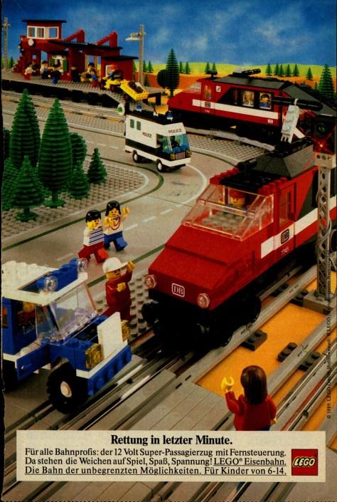 October 2017 Brick Model Railroader
