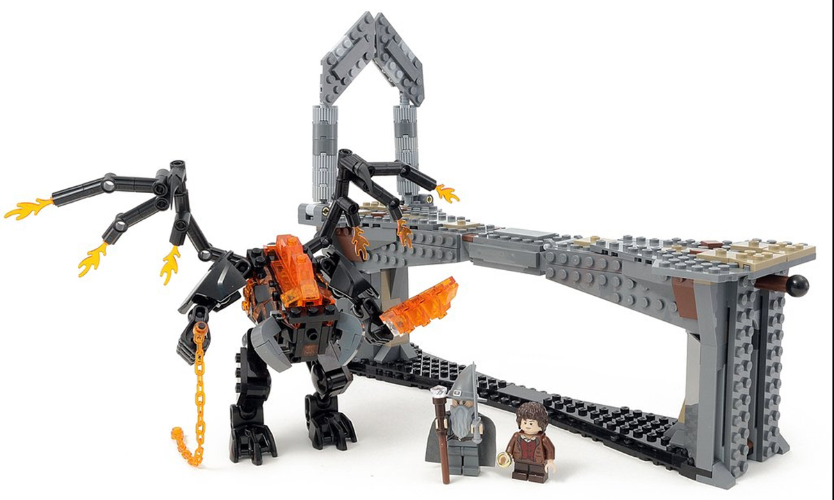 This Custom LEGO Lord of the Rings Balrog Bids You Not To Pass