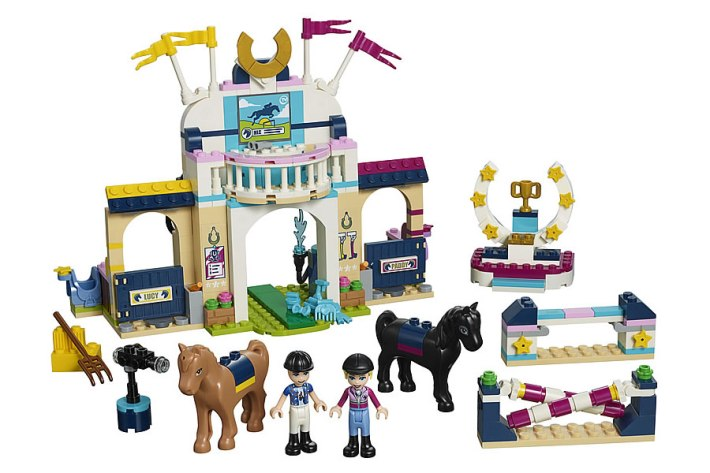 41367-lego-friends-stephanie-obstacle-course-2019-2