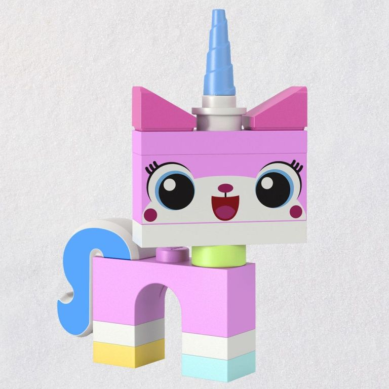 THE-LEGO-MOVIE-2-Unikitty-Ornament_1699QXI3789_01