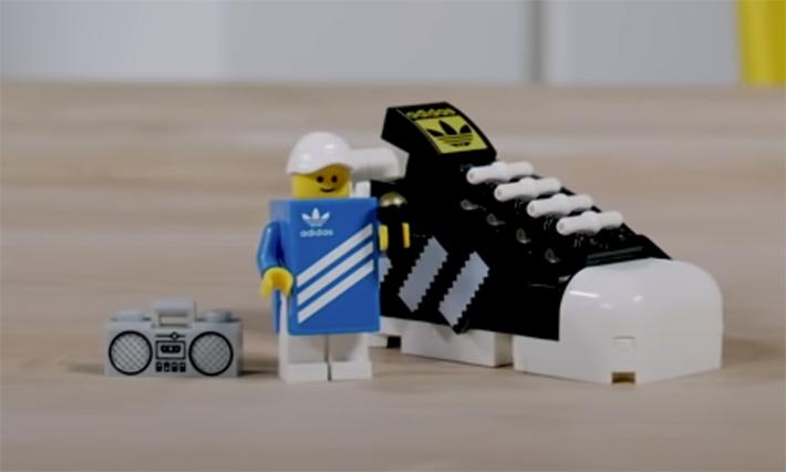 LEGO Mini Adidas Originals Superstars