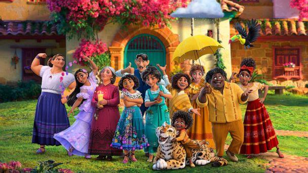 """LEGO Disney Rumor: Three """"Encanto"""" Tie-In Sets in December"""