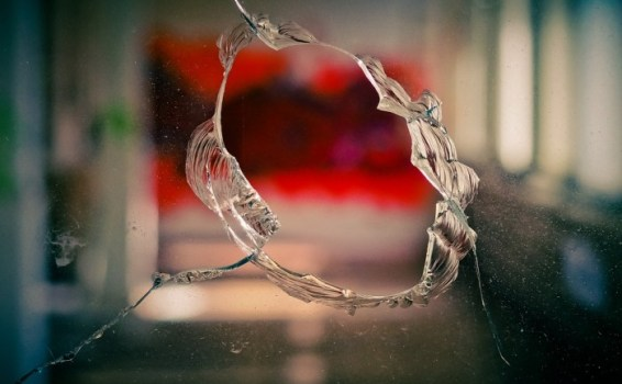 Lifestyle Tips for Entrepreneurs: Expert Guide to Home Window Glass Repair