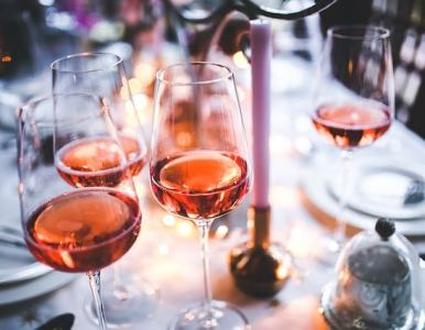 How to become a sommelier and launch your freelance career