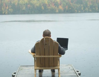 Majority of staff check emails on holiday, even if bosses don't care if they keep in touch