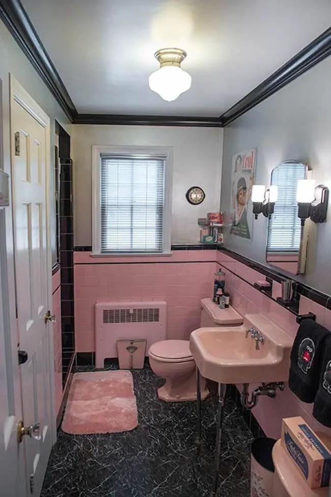 des salles de bain en rose qui marquent le retour du style retro bricobistro