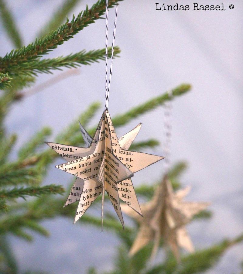 estrellas hechas con papel de periódico