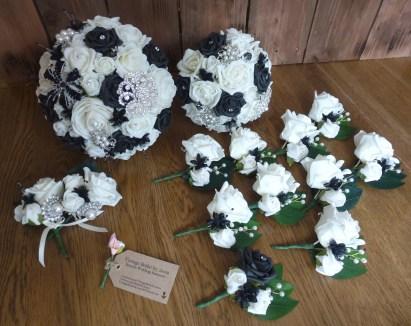 Black bouquet set
